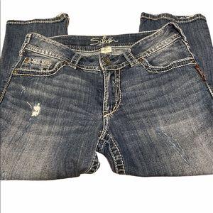 Silver jeans Suki Capri Slightly distressed  29